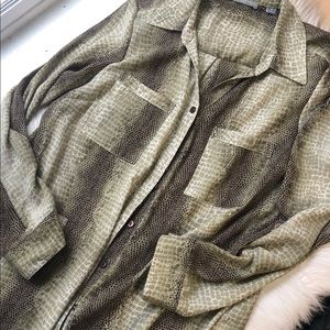 Valerie Stevens snakeskin career button down shirt